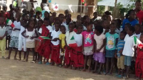 Momento culturale nella scuola di Dame, missione di Bissorã